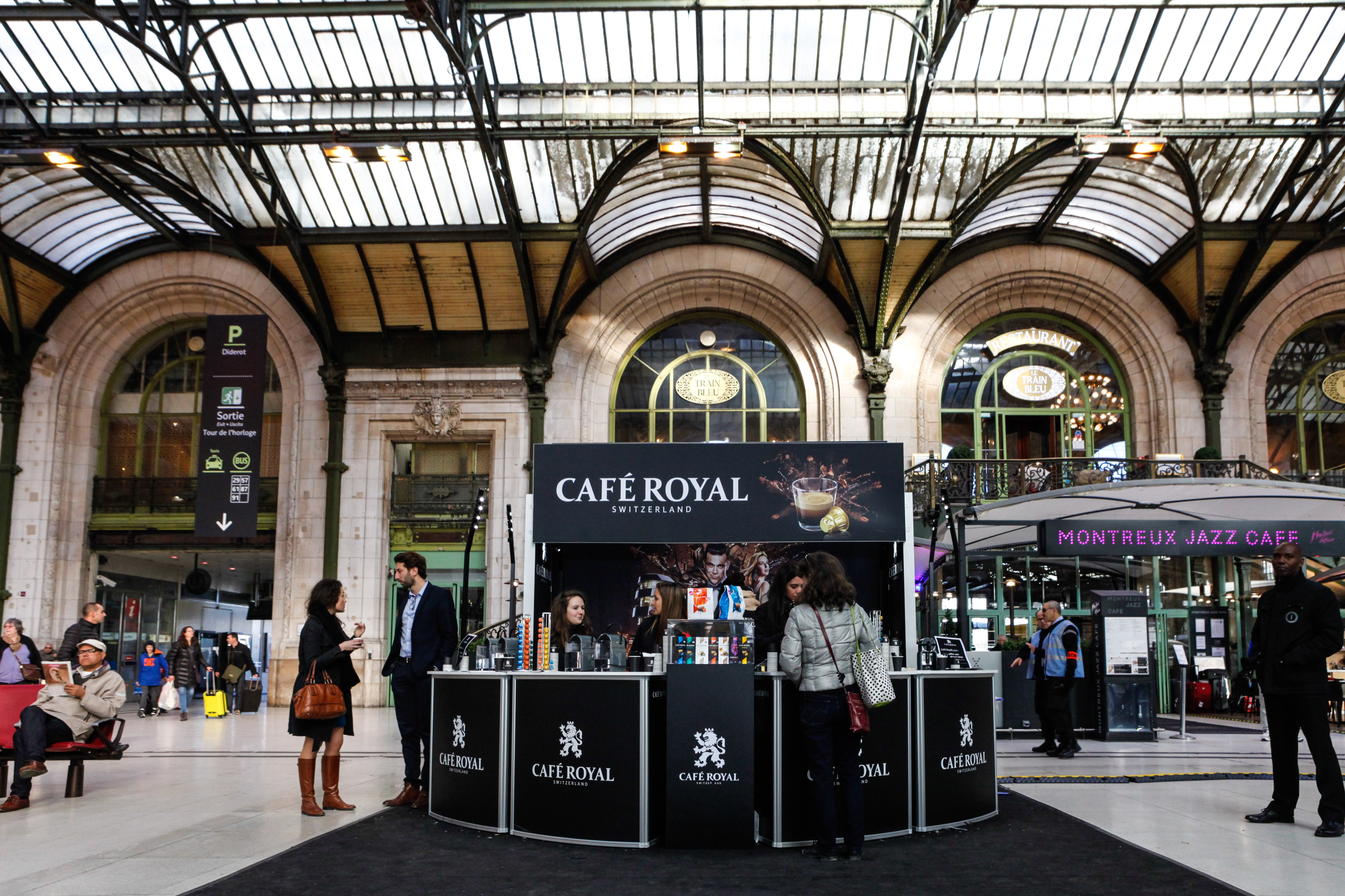 caf royal gare de lyon hors concept. Black Bedroom Furniture Sets. Home Design Ideas